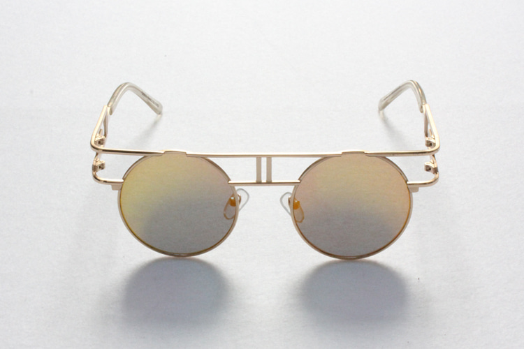 Golden Frame Sunglasses [G8SD31U11]